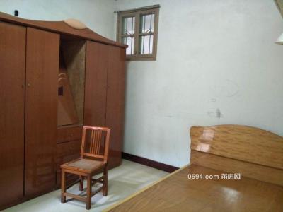 北磨逸夫小学附近莆田学院后门3楼3房基本配备齐全-莆田租房