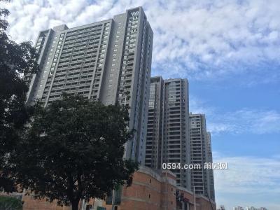 阳光100凤凰广场全新公寓带阳台(免中介)-莆田租房