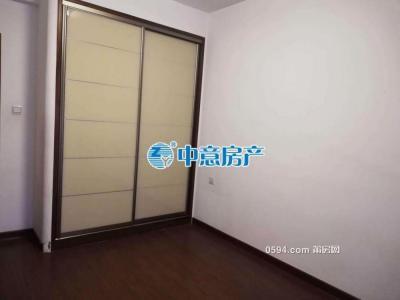 漢庭花園B區4房2廳2衛精裝修新房租金3000-莆田租房