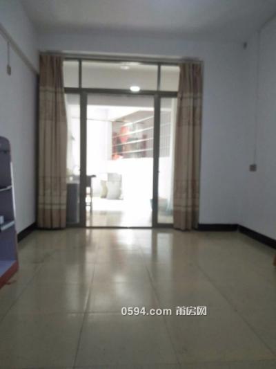 观桥附近单身公寓 有阳台 房间干净整洁-莆田租房