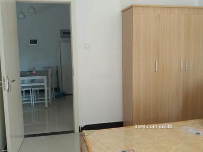 。中海国际 2600元 2室2厅1卫 精装修带衣服直接入住-莆田租房