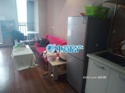 万达广场/万达SOHO精装单身公寓家具齐全租金 1300 元/月-莆田租房