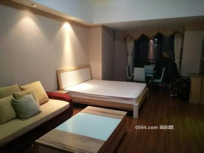 。万达广场 1800元 1室1厅1卫 精装修带衣服直接入住-莆田租房