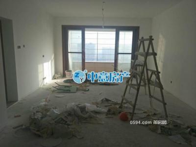 高 档次小区荔能华景城三面光南北西 中高层面积137平米-莆田二手房