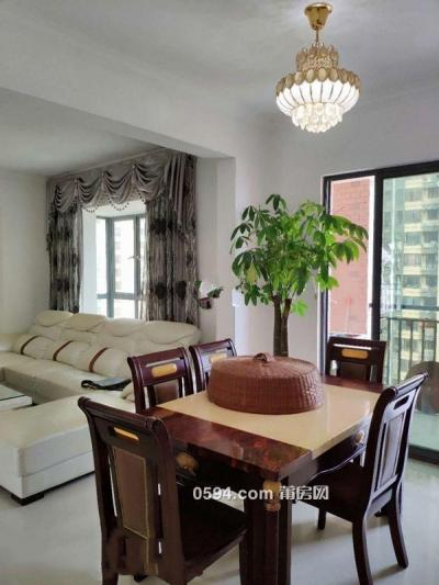 凱旋天下131平3室2廳2衛2陽租金2700元-莆田租房