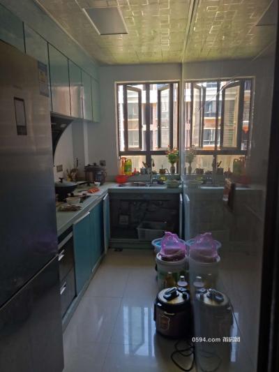 凱旋天下122平3房2廳2衛2陽租金2500元-莆田租房