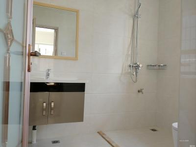 塘北社區安置房3房2衛2廳2陽租金2300元-莆田租房