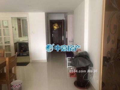 万辉国际城新房2室1厅 南北通透 光线充足 仅需3000元-莆田租房