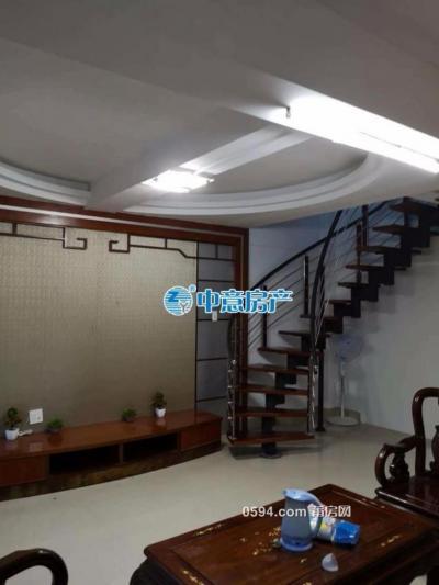英龙小区精装3室2厅 南北通透 三面采光 月仅需2500元-莆田租房