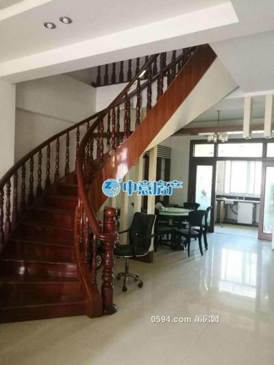 大唐廣場旁 220平豪華樓中樓  僅2500/月 家具家電齊全 好商量-莆田租房