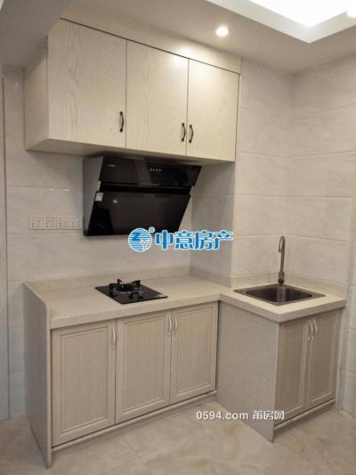 中海国际精装2室2厅 南北通透 三面采光 月仅需2600元-莆田租房