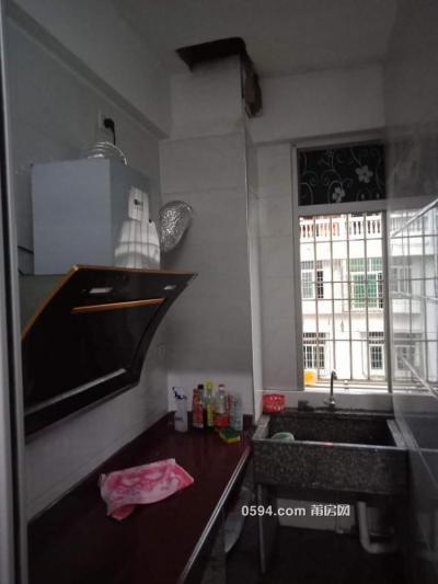 莆田公交車站對面下墩小區一房一廚一衛650-莆田租房