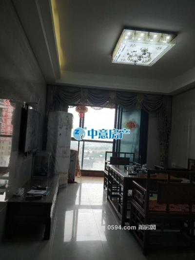 万达中 央华城 两室一厅一卫一阳 精装 高层有电梯-莆田租房