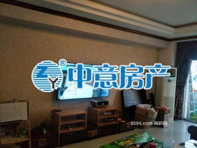 名流之家--东南朝向--带小区电梯四房仅10800元-莆田二手房