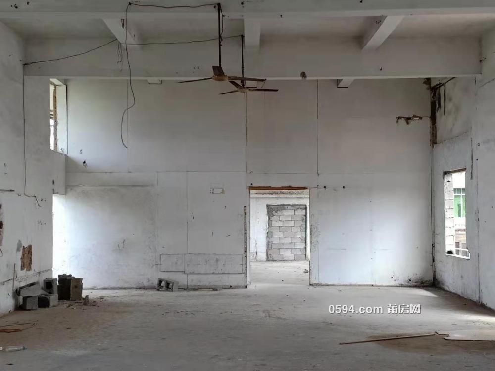 獨享赤溪美景,560平原廠房可改造成餐吧、辦公、休閑場!-
