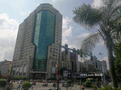 凤凰山附近 恒信大厦 中高层4室2厅 可商可居 配套齐-莆田租房