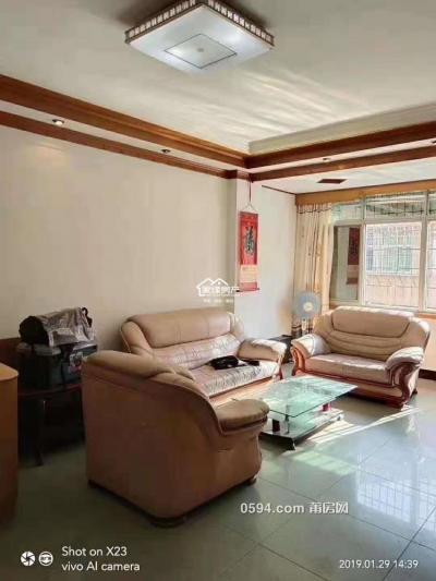 三信花园(附近)南北大4房。可以贷款70万。户型漂亮-莆田二手房
