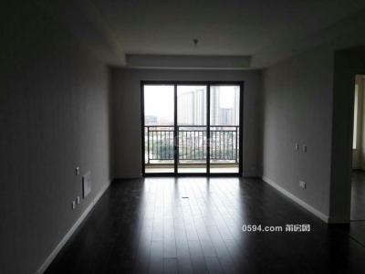 万科七期 2300元 3室2厅2卫 精装修,,随时看房-莆田租房