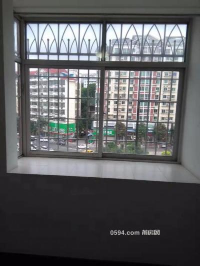 三信花园对面单身公寓出租,南北通透,独门独户居住舒适-莆田租房