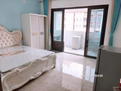 万达广场附近 九龙小区 单身公寓 一房一厨一卫大阳台-万博博彩官网租房