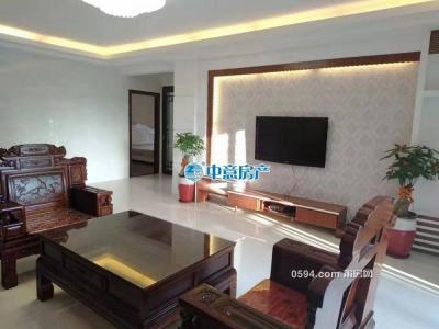 云顶枫丹--南北东中层采光好--大四房二厅精装仅售14000元-莆田二手房