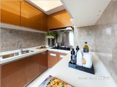 保利城135㎡样板房厨房