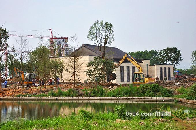 2016年6月10日门楼工程进度