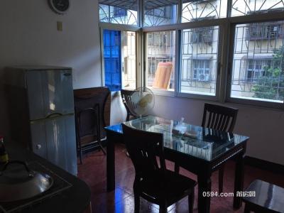 鳳凰山附近3房2廳 中等裝修家具家電齊全-莆田租房