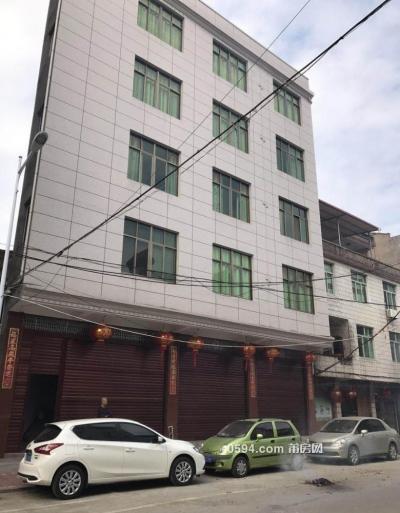 仙游榜头唐结仿古家具有限公司正对面三间店铺出租-莆田租房
