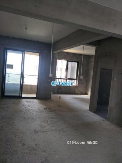 木蘭溪旁 正榮財富 高端住宅5房2廳3衛  252平米 高層毛坯 -莆田二手房