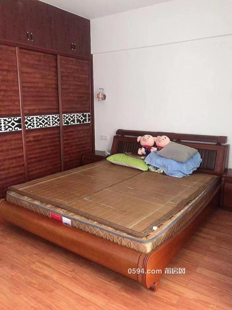 清爽大户型,齐全家私,宏丰豪园 3600元 4室2厅2卫 精装修