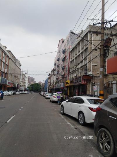 涵江六一路兩開間5層有天有地店面900平方-莆田二手房