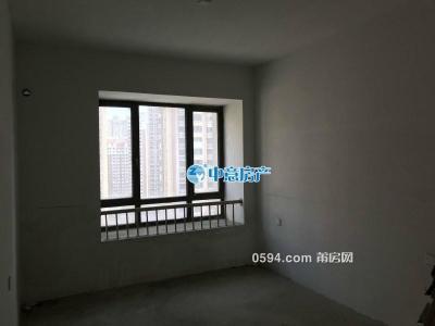 萬達華城  證滿兩年 三面采光 面積143平方 總價228.8萬-莆田二手房