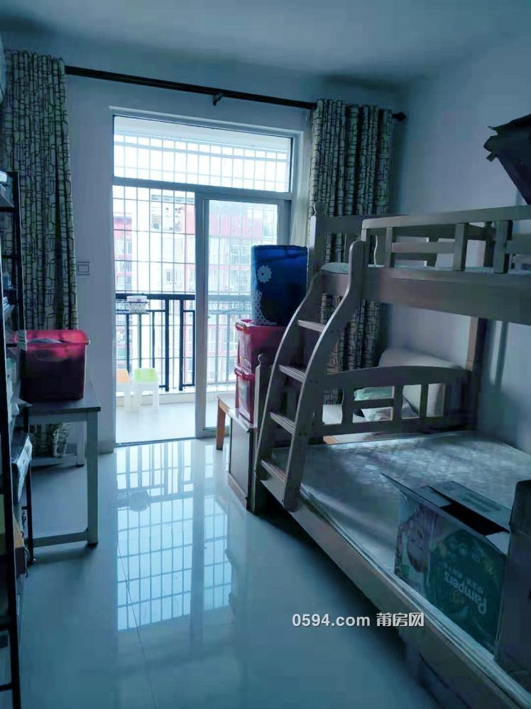 振興小區 2房2廳90平米 嶄新明亮家具家電齊全