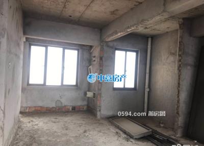 仙游(安特御景园)楼中楼5房3厅3卫 200m²总价包含2车位-莆田二手房
