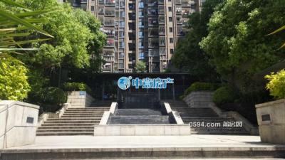骏隆云上居 市检察院旁小区环境优 车位出租 500/月-万博博彩官网租房