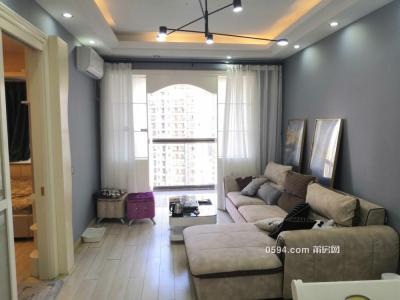 中层精装 单身公寓 东城一号 证满2年 大厅朝南 读-莆田二手房