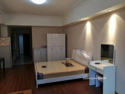 万达广场单身公寓1700元,家具齐全-莆田租房