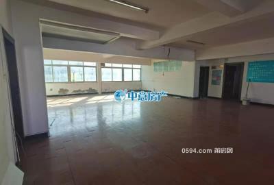 北磨市場樓上 超大的客廳 可設計為舞蹈培訓機構 月租2500-莆田租房