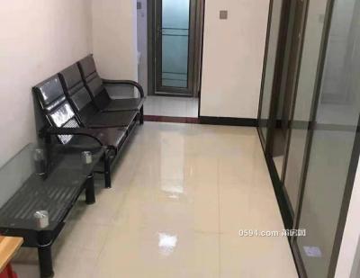 富邦学苑两房一厅精装修 2100包物业-万博博彩官网租房