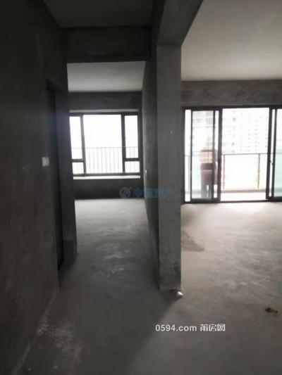 雅颂居三房二厅145平米 毛坯房 空间阔绰 户型方正大气-莆田二手房