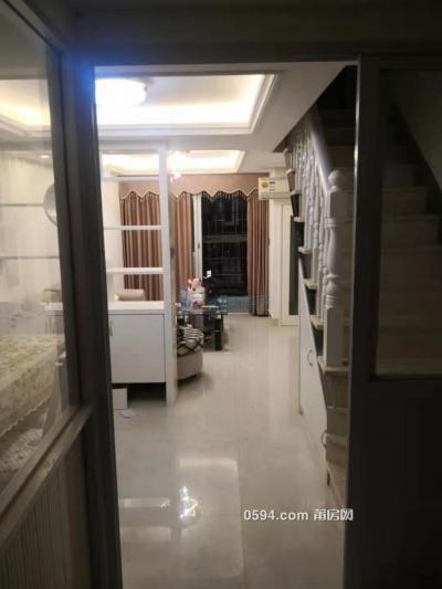 正榮財富2房1廳2衛 精裝修樓中樓..僅2600-莆田租房