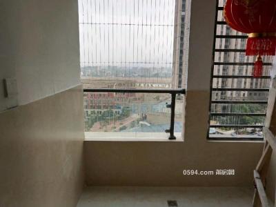 正榮財富 3房2廳2衛 兩證齊全,精裝修.僅2500月-莆田租房
