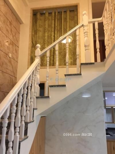 正荣财富 2房1厅2卫 ,精装修楼中楼仅2900月-万博博彩官网租房