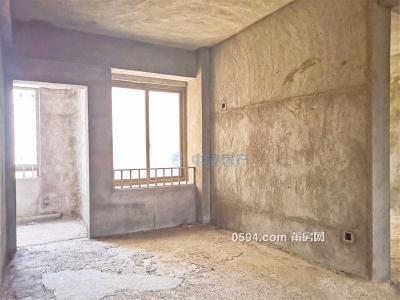 荔城附属一下 东城一号 137平 高层毛坯3房 单价17000元一平-万博博彩官网二手房