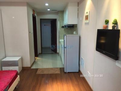 萬達廣場 單身公寓38平月租金1300元,家電齊全-莆田租房