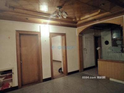 梅山街506弄 楼梯房 证满两年 划片兴安 三中 1平只卖6446 -莆田二手房