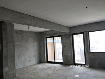 馨宜皇庭骏景3房2厅2卫 三面光 毛坯 高层143m²有钥匙-莆田二手房