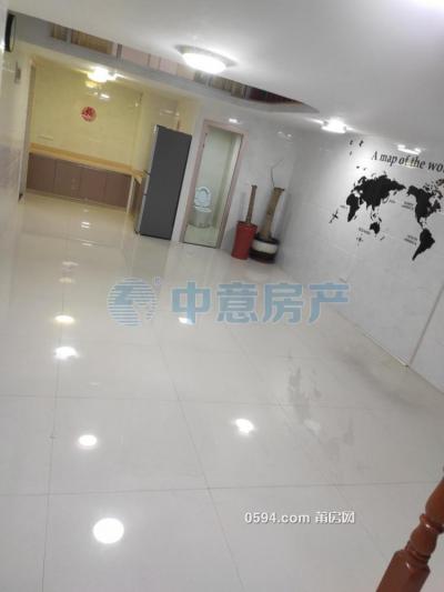 出租!正荣财富中心(商住楼) 130平2室1厅商住中装-莆田租房
