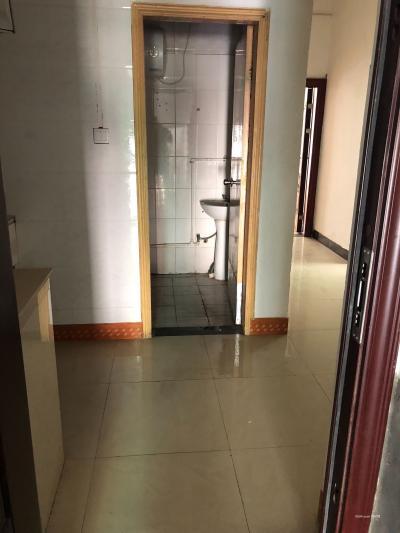 东平路三楼单间出租带独立卫生间-万博博彩官网租房